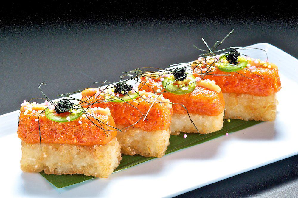 Spicy Tuna Crunch Appetizer<br /> Chopped Spicy Tuna, Caviar, Crunch
