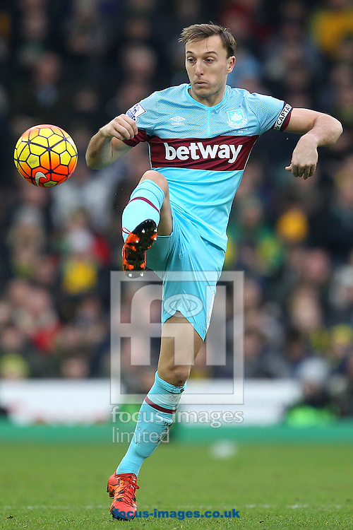 Mark Noble of West Ham in action during the Barclays Premier League match at Carrow Road, Norwich<br /> Picture by Paul Chesterton/Focus Images Ltd +44 7904 640267<br /> 13/02/2016
