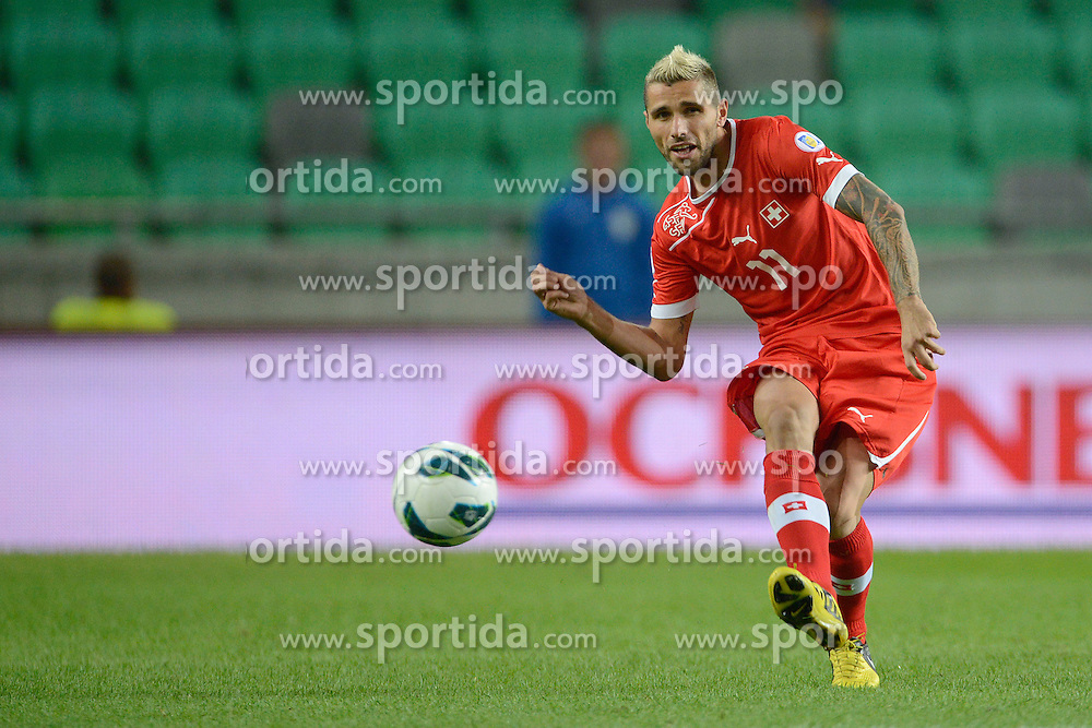 07.09.2012, Ljubljana, SLO, FIFA WM Qualifikation, Slowenien vs Schweiz, im Bild Valon Behrami (SUI) // during the FIFA World Championships qualifying match between Slovenia and Switzerland, Ljubljana, Slovenia on 2012/09/08. EXPA Pictures © 2012, PhotoCredit: EXPA/ Freshfocus/ Valeriano Di Domenico..***** ATTENTION - for AUT, SLO, CRO, SRB, BIH only *****