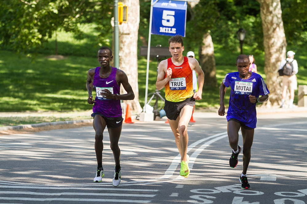 UAE Healthy Kidney 10K, Stephen Sambu, Ben True, Geoffrey Mutai lead race at 5 miles