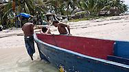Traditional Kuna fishing boat. Dutch Keys. San Blas Islands. Panama