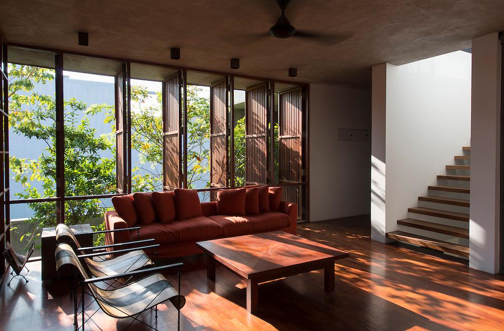The Urbal Slice House. Rajagiriya<br /> Architect: Palinda Kannangara