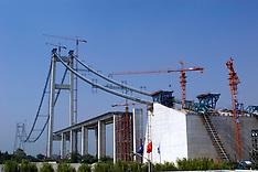 Runyang Bridge Construction, China, 2003