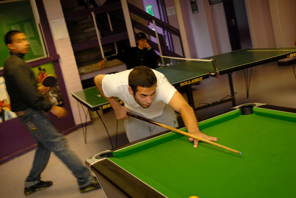Birmingham, UK. The Concord Youth Centre, Sparkbrook, Birmingham, with muslim and asian youth..