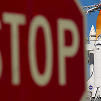 Space shuttle Discovery STS-133 sits on launch pad 39A at the Kennedy Space Center in Cape Canaveral, Florida November 5, 2010. REUTERS/Scott Audette   (UNITED STATES)
