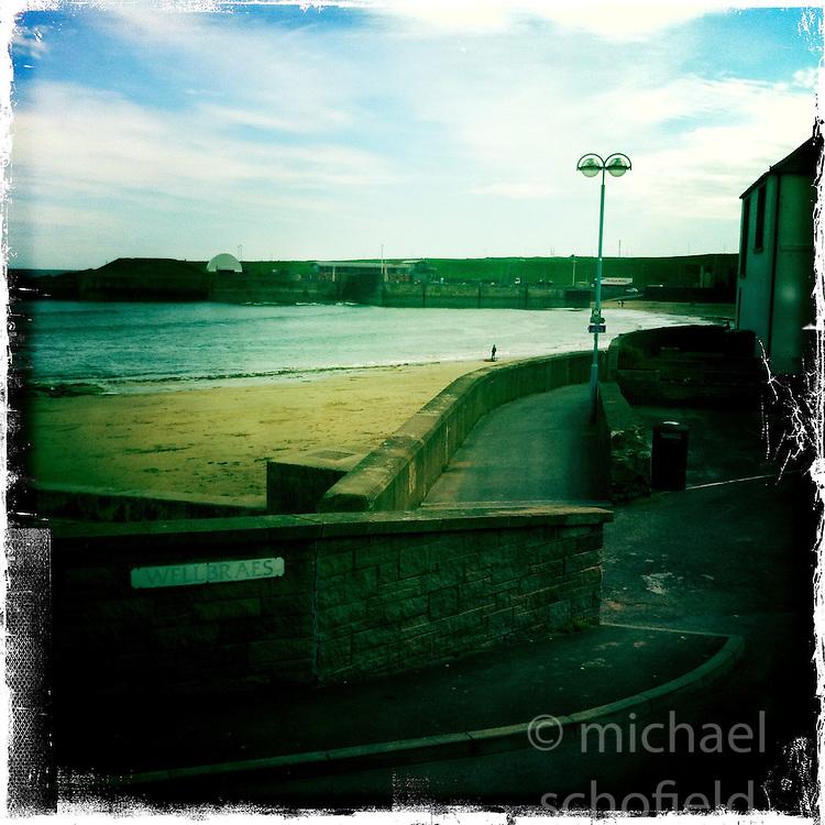 Dunbar..Hipstamatic images taken on an Apple iPhone..©Michael Schofield.