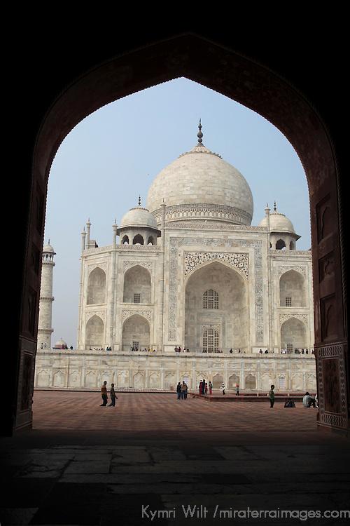 Asia, India, Agra. The Taj Mahal, a UNESCO World Heritage Site.