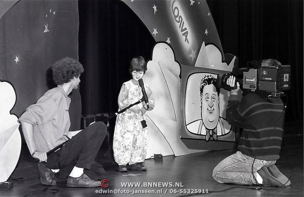 NLD/Huizen/19910330 - Han Peekel opname van Avro's Wordt Vervolgd in 3in1 Huizen