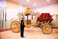 DEN HAAG - Portret van de stalmeester Kol. G.E. (Bert) Wassenaar, Een fotoserie over de Koninklijke stallen in Den Haag met de Gouden koets waar ze zich klaar maken voor prinjesdag 3e dinsdag in september . Een medewerker van de Koninklijke stallen is bezig met de gouden koets aan het klaar maken voor prinjesdag.  COPYRIGHT ROBIN UTRECHT