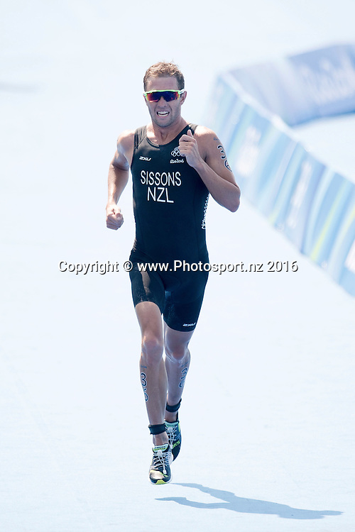 New Zealand's Ryan Sissons competes in the Men's triathlon during the Men's triathlon at Forte Copacabana at the 2016 Rio Olympics on Thursday the 18th of August 2016. © Copyright Photo by Marty Melville / www.Photosport.nz