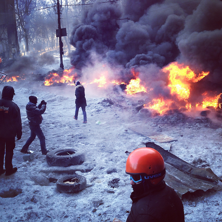 There was a ceasefire for about two hours. Now we're back to this, Jan. 25, 2014. #euromaidan #kyiv #ukraine #євромайдан #київ #україна #primecollective