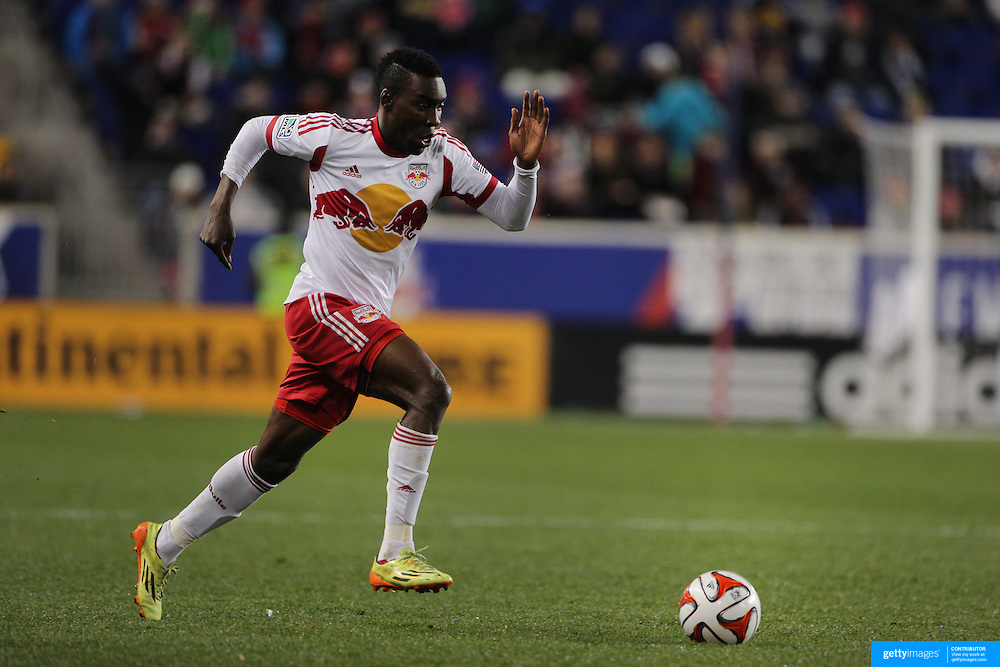 Lloyd Sam, New York Red Bulls, in action during the New York Red Bulls V DC United, MLS Cup Playoffs, Eastern Conference Semifinals first leg at Red Bull Arena, Harrison, New Jersey. USA. 2nd November 2014. Photo Tim Clayton
