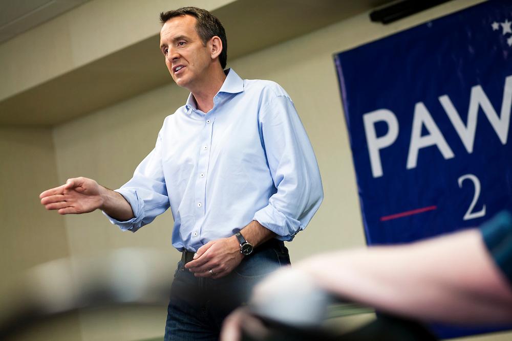 Republican presidential hopeful Tim Pawlenty campaigns on Friday, August 5, 2011 in Mason City, IA.