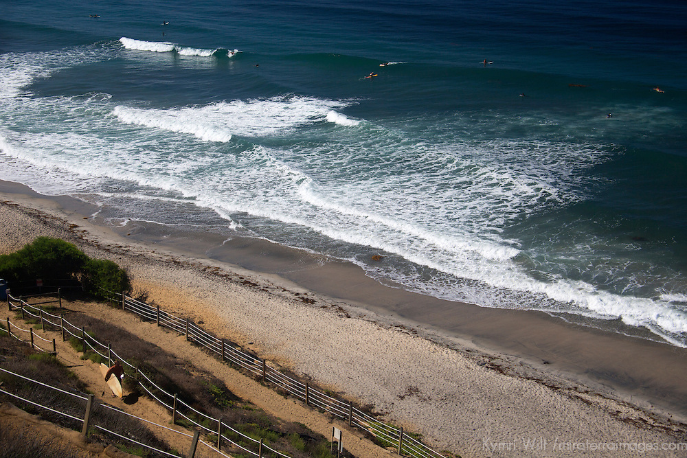 USA, California, Encinitas. Beacon's Beach Surf Break, Encinitas.