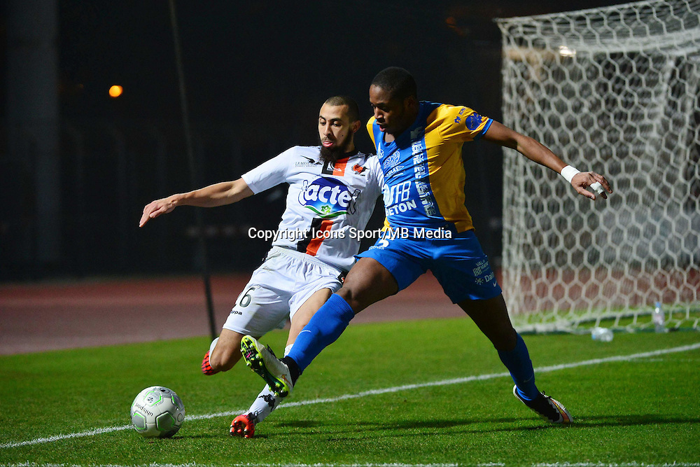 Fouad CHAFIK / Bagaliy DABO - 23.01.2015 - Creteil / Laval - 21eme journee de Ligue 2<br /> Photo : Dave Winter / Icon Sport