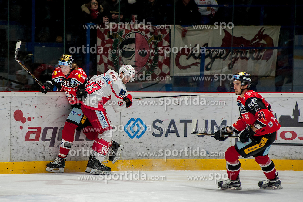 13.01.2017, Ice Rink, Znojmo, CZE, EBEL, HC Orli Znojmo vs EC KAC, 43. Runde, im Bild v.l. Libor Sulak (HC Orli Znojmo) Ziga Pance (EC KAC) Jakub Stehlik (HC Orli Znojmo) // during the Erste Bank Icehockey League 43th round match between HC Orli Znojmo and EC KAC at the Ice Rink in Znojmo, Czech Republic on 2017/01/13. EXPA Pictures © 2017, PhotoCredit: EXPA/ Rostislav Pfeffer