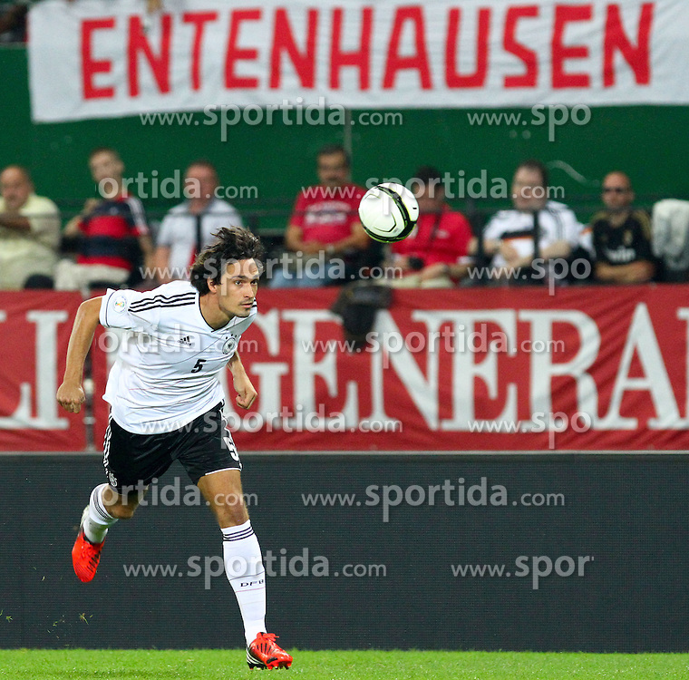 11.09.2012, Ernst Happel Stadion, Wien, AUT, FIFA WM Qualifikation, Oesterreich vs Deutschland, im Bild Mats Hummels, (GER, #5)  // during the FIFA World Cup Qualifier Match between Austria (AUT) and Germany (GER) at the Ernst Happel Stadion, Vienna, Austria on 2012/09/11. EXPA Pictures © 2012, PhotoCredit: EXPA/ Thomas Haumer