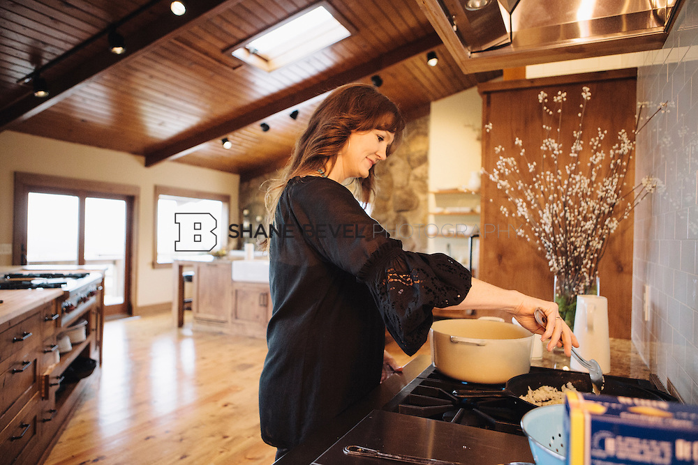 Ree drummond the pioneer woman shane bevel photography llc for What is the lodge on the pioneer woman
