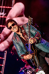 LOS ANGELES, CA - AUGUST 28 Legendary guitar player Neal Schon performs on stage during Jouney's concert at the Forum in Inglewood in Los Angeles on Sunday night 2016 August 28. Byline, credit, TV usage, web usage or linkback must read SILVEXPHOTO.COM. Failure to byline correctly will incur double the agreed fee. Tel: +1 714 504 6870.