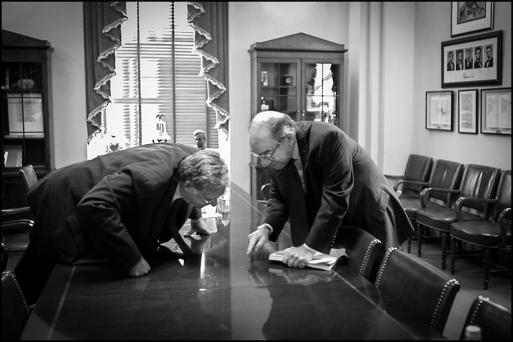 Alan Greenspan makes a point to Rep. Dick Armey after a meeting of Congressional Leaders on Capiyol Hill..9/19/01..©PF BENTLEY/PFPIX.com