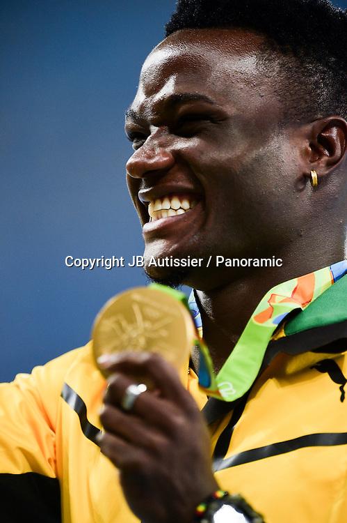 McLEOD Omar (jam) - medaille d or - podium 110m haies