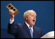 DEC 10 2014 Foreign bricklayers on £1,000-a-week amid skill gap