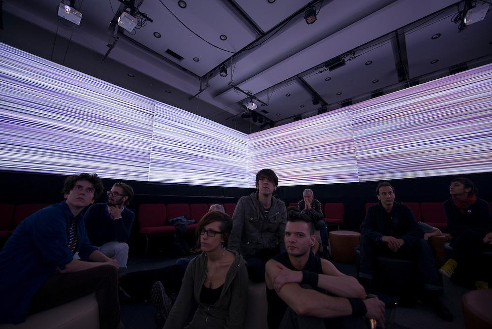 Edwin Van Der Heide + Robin Fox, CineChamber, Cinéma Excentris, Montreal, 2 juin 2012.