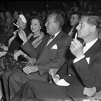 Vivian Leigh with Noel Coward at Olympia Theatre.04/10/56