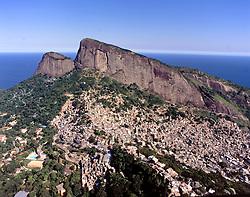 Favela da Rocinha na cidade do Rio de Janeiro. Brasil / Rocinha Slum in Rio de Janeiro city. Brazil
