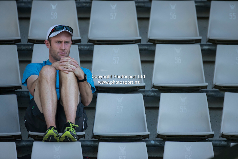 NZ Tennis high performance director Simon Rea watches the womens singles final in the Pacoes NZ Tennis Champs held at the ASB Tennis Arena in Auckland. <br /> Credit; Peter Meecham/ www.photosport.nz