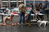 Flohmarkt auf dem Burchardtplatz
