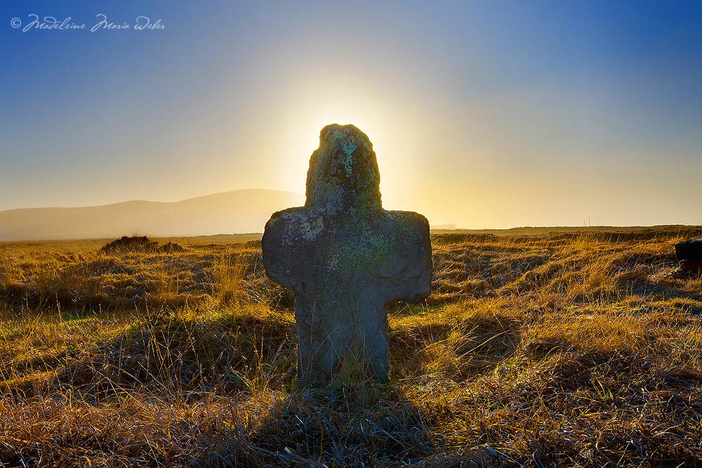 Cross Valentia Island / St. Brendan's Well