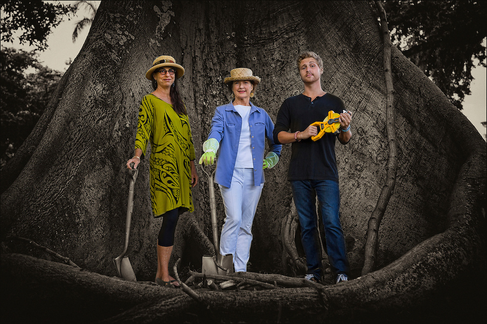 L to R:  Outdoor Circle members Kaui Lucas, Alexandra Avery, President Emeritus of the Outdoor Circle, and Myles Ritchie pose for portrait in front of a Kapok tree. ©PF Bentley