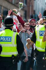 2013-06-01_EDL Stand Off At Sheffield War Memorial