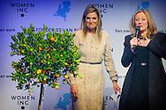 UTRECHT Queen Maxima of The Netherlands attend the meeting of WOMEN Inc. at DeFabrique in Utrecht, The Netherlands, 6 March 2015. During the meeting, women, men, employers and policymakers talked about a new division of care and work in the future. COPYRIGHT ROBIN UTRECHT 6-3-2015 UTRECHT - Koningin Maxima is vrijdagmiddag 6 maart aanwezig bij een bijeenkomst van WOMEN Inc. in DeFabrique in Utrecht. COPYRIGHT ROBIN UTRECHT