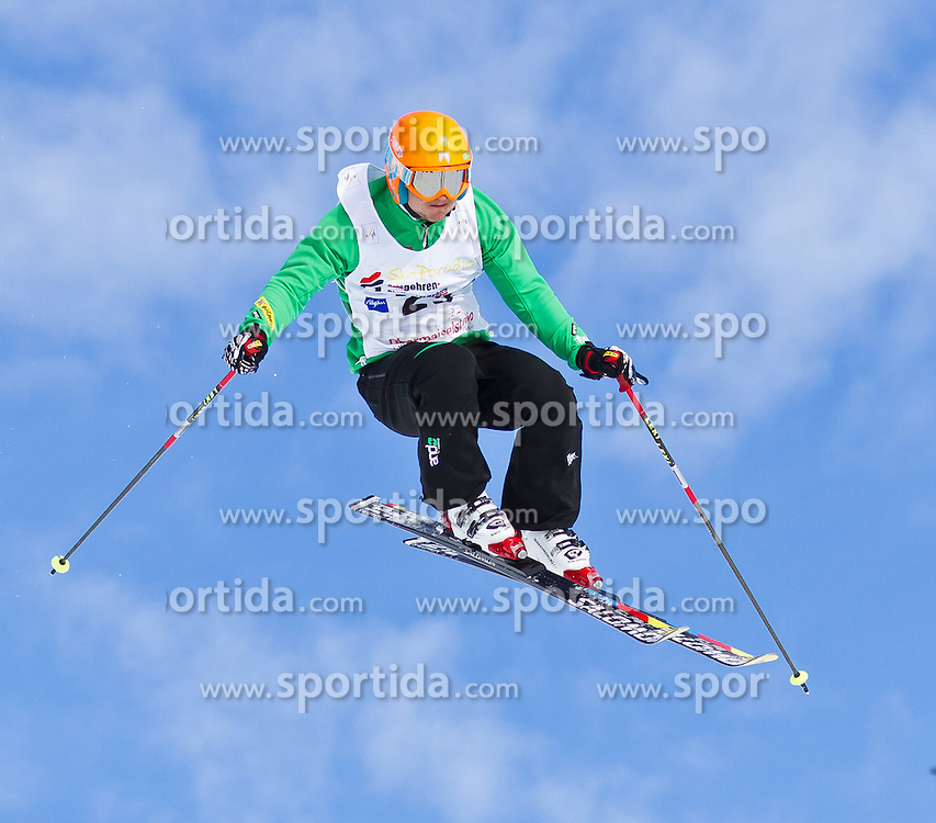 29.01.2011, Obermaiselstein, Grasgehren, GER, FIS Weltcup Ski Cross, Women and Men, im Bild Simon Jecl (SLO) during the FIS Ski Cross Worldcup in Grasgehren, EXPA Pictures © 2011, PhotoCredit: EXPA/ P. Rinderer