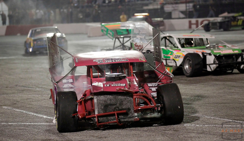 11 September 2010: Jack Dossey Jr. drives his wrecked car off the track during the 34th Annual World Figure 8 Championship at the Speedrome in Indianapolis, Saturday, Sept. 11, 2010.