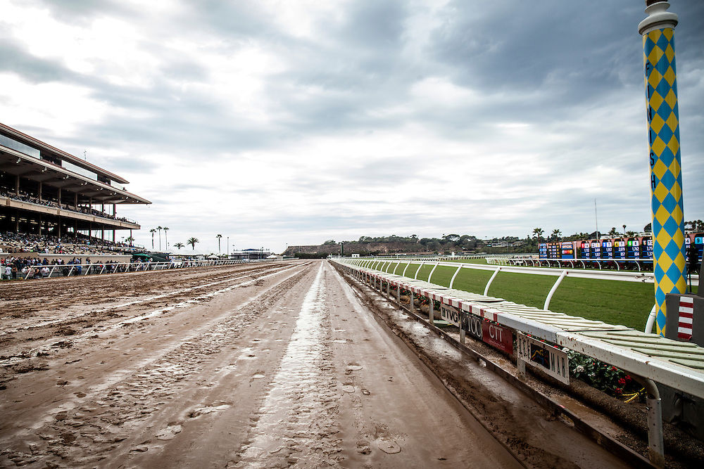 July 18 2015: Del Mar has an off track for the first time since 199, in Del Mar CA. Alex Evers/ESW/CSM