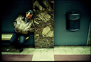 ©Stefano Meluni.20-12-2004 Barcelona Spain.City overview of Barcelona.nella foto: people in the metro