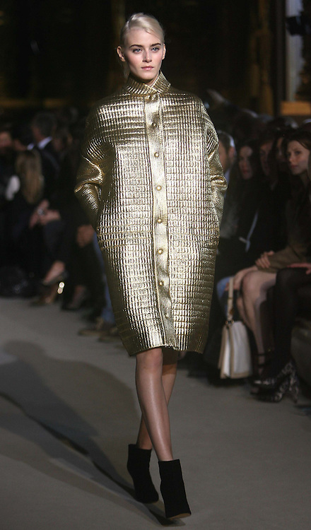 Stella McCartney  Ready to Wear Autumn/Winter 2011.  Photo by: Stephen Lock/i-Images
