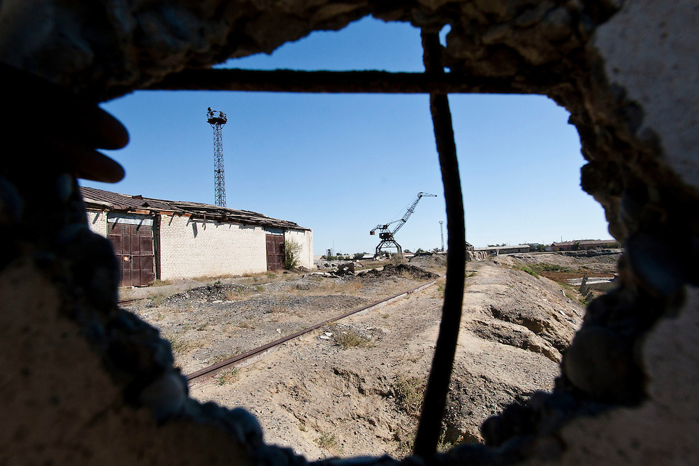 Abandoned cranes and fish factories remains in Aralsk, Kazakhstan. During heyday of this town, there were about 40,000 employee in fishing industry and reportedly produced one-sixth of the Soviet Union's entire fish catch.