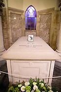 12-2-2015 BRUSSEL Laken  - de Koning Filip en de Koningin Mathilde en de Leden van de Koninklijke Familie Koning Albert II ,Koningin Paola Prinses Astrid ,Prins Lorenz , Prins Laurent , Prinses Claire  wonen de jaarlijkse eucharistieviering bij ter nagedachtenis van de overleden Leden van de Koninklijke Familie. De mis vindt plaats in de Onze-Lieve-Vrouwkerk te Laken. COPYRIGHT ROBIN UTRECHT<br /> 12-2-2015 BRUSSELS laken - King Philip fillip  and Queen Mathilde and the Members of the Royal Family King Albert II, Queen Paola Princess Astrid Prince Lorenz, Prince Laurent, Princess Claire attend the annual celebration of the Eucharist in memory of the deceased members the Royal Family. The Mass will take place at the Our Lady Church in Laken. The crypt of the Belgian royal family during the mass to commemorate the deceased members of the Belgian Royal Family, at the cathedral in Laeken, Brussels, Belgium, 12 February COPYRIGHT ROBIN UTRECHT