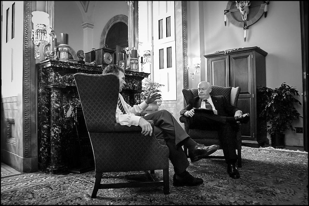 Senate Majority Leader meets with AFL-CIO President John Sweeny.  9/24/01..©PF BENTLEY/PFPIX.com
