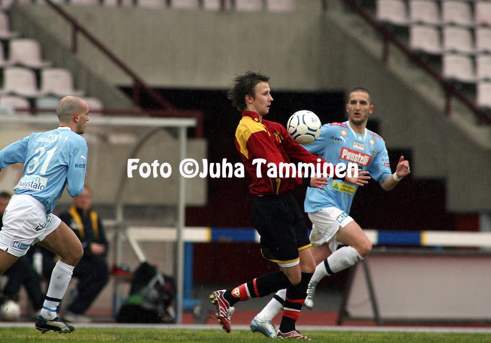 05.05.2007, Pori..Kakkonen 2007, lohko B.Porin Palloilijat - KOO-VEE Tampere.Tomi P. Lahtinen - KOO-VEE.©Juha Tamminen.....ARK:k