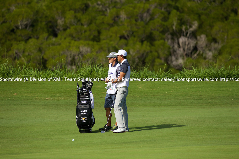 January 08 2016: James Hahn and his caddie figure out yardage on number five fairway during the Second Round of the Hyundai Tournament of Champions at Kapalua Plantation Course on Maui, HI. (Photo by Aric Becker/Icon Sportswire)