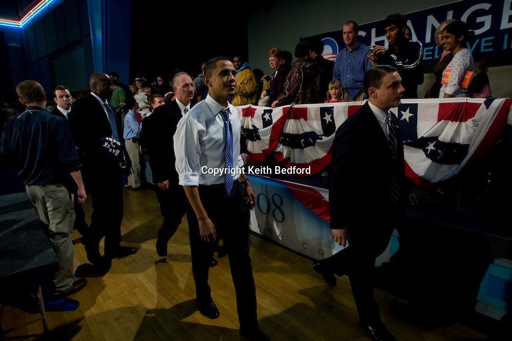 U.S. Democratic Presidential Senator Barack Obama speaks during a campaign rally at Grinnell College in Grinnell, Iowa December 4, 2007.