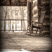 Rocking chair at the Adamson cabin, Mt Vernon, Missouri.