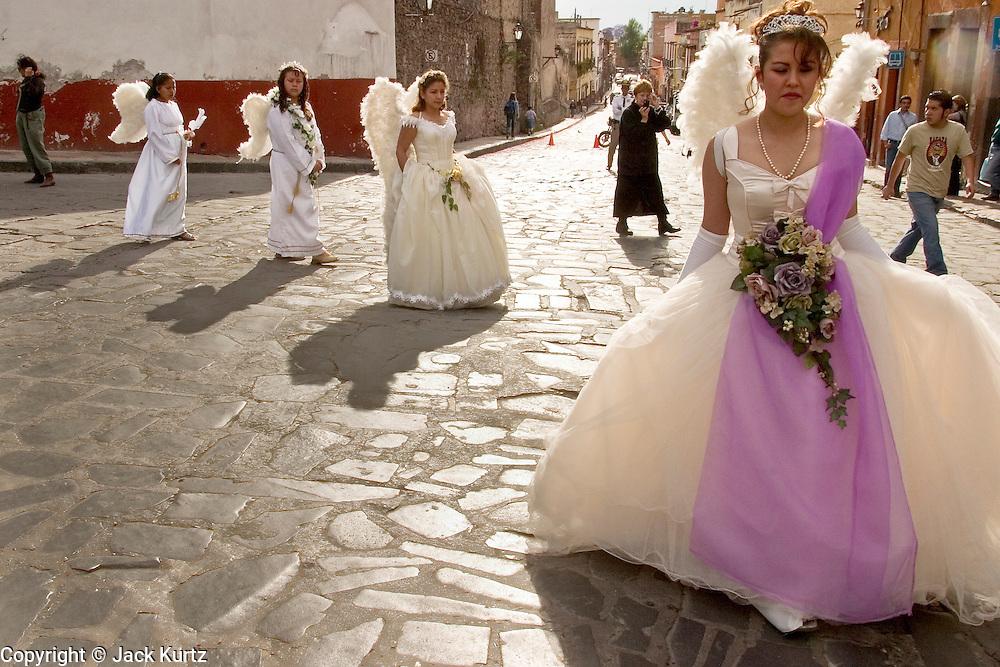 san miguel de tucuman single catholic girls Marita veron's mother susana is seen leading a march towards the courthouse in san miguel de tucuman on the  catholic teaching  girls star kisses a.