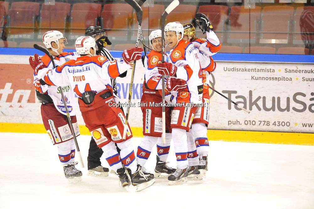 Mestis-ottelu Kiekko-Vantaa - Hokki pelattiin Tikkurilassa 17.10.2014