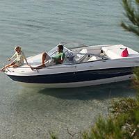 Bayliner 2010. French Riviera Cruising